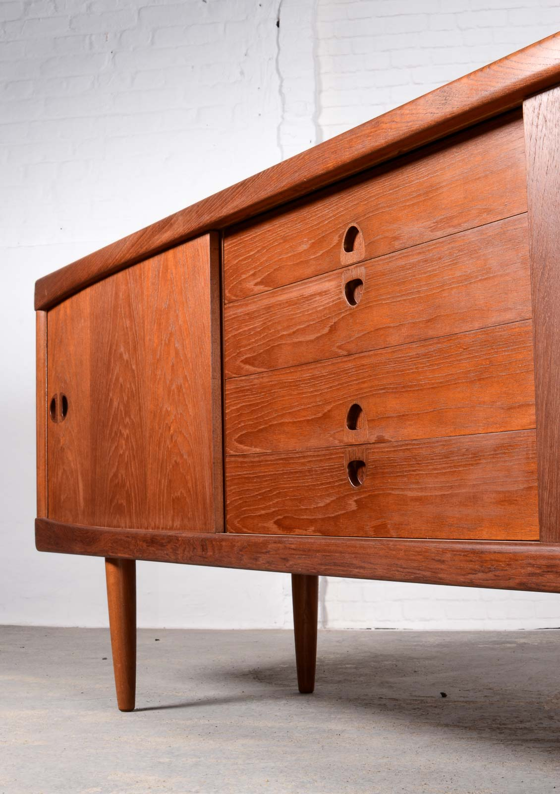 Large scandinavian sideboard by h w klein for bramin for Sideboard scandi