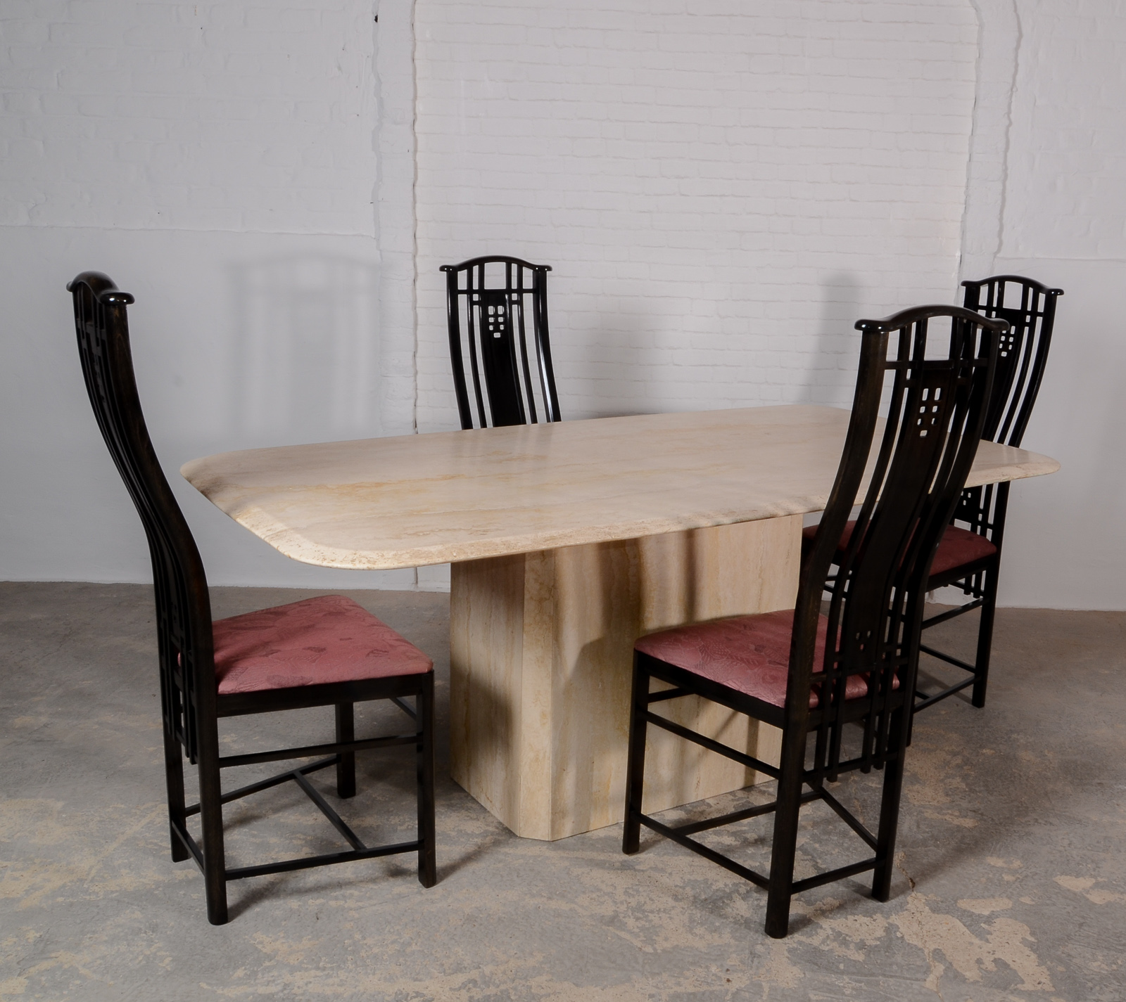 highback dining chairs