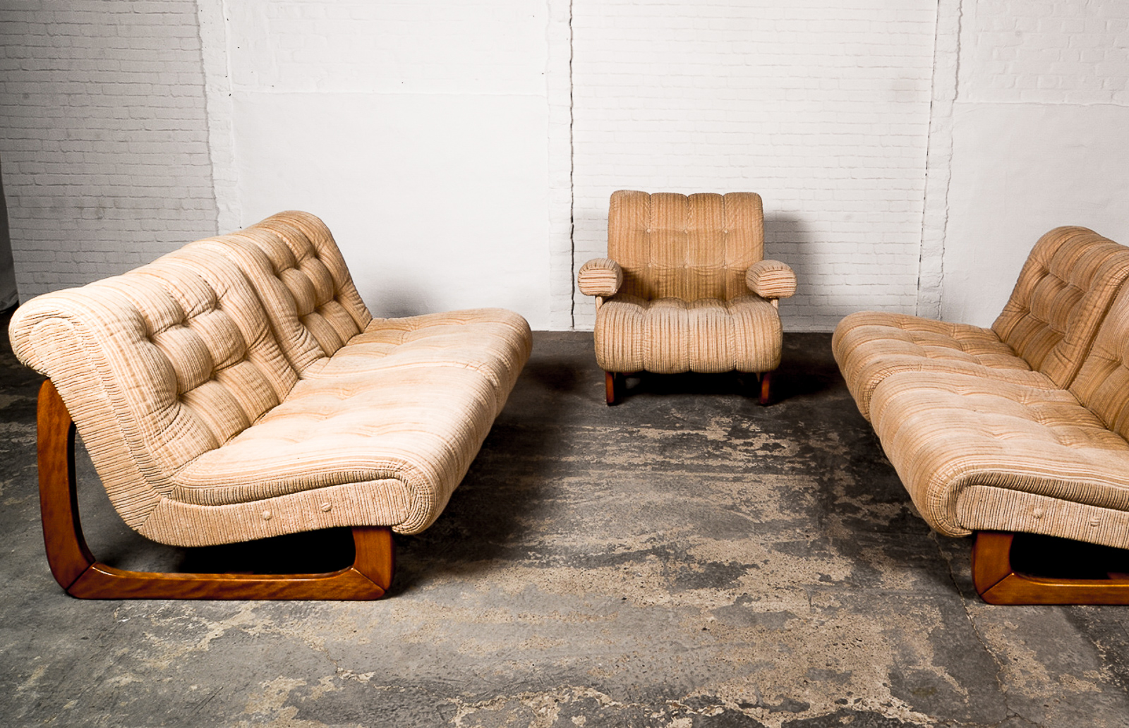 Vintage Design Caramel Corduroy Scandinavian Sofaset And Lounge Chair