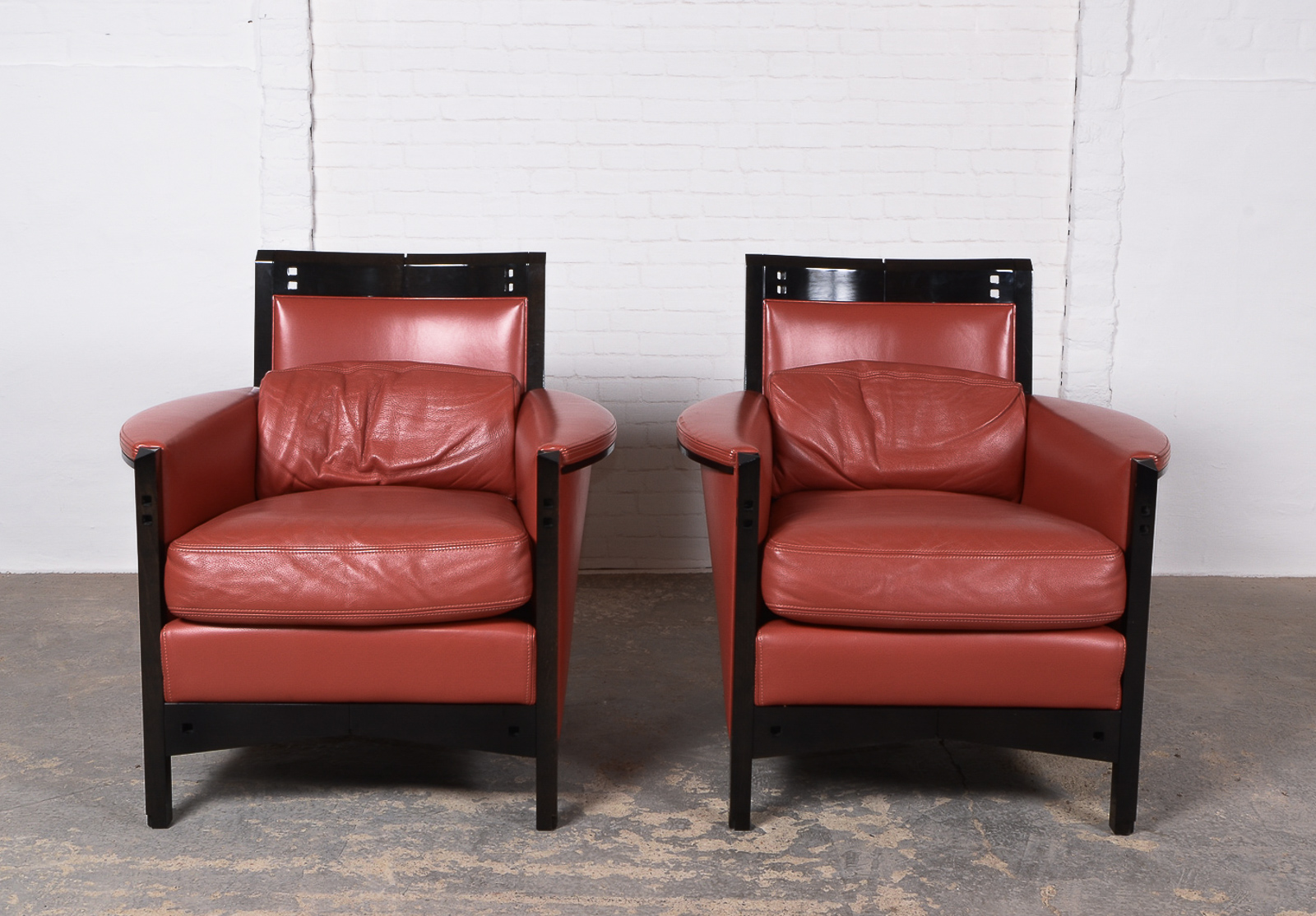 Pair Of Cherry Red Leather Lounge Chairs By Umberto Asnago For Giorgetti