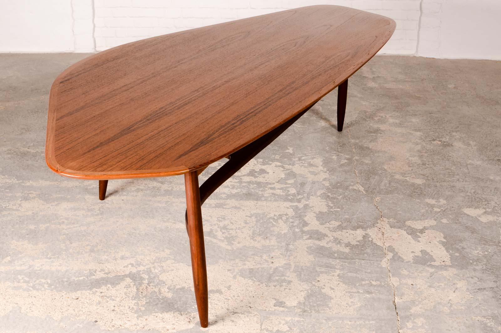 Mid Century Free Form Kidney Shaped Coffee Table Designed By Svante Skogh