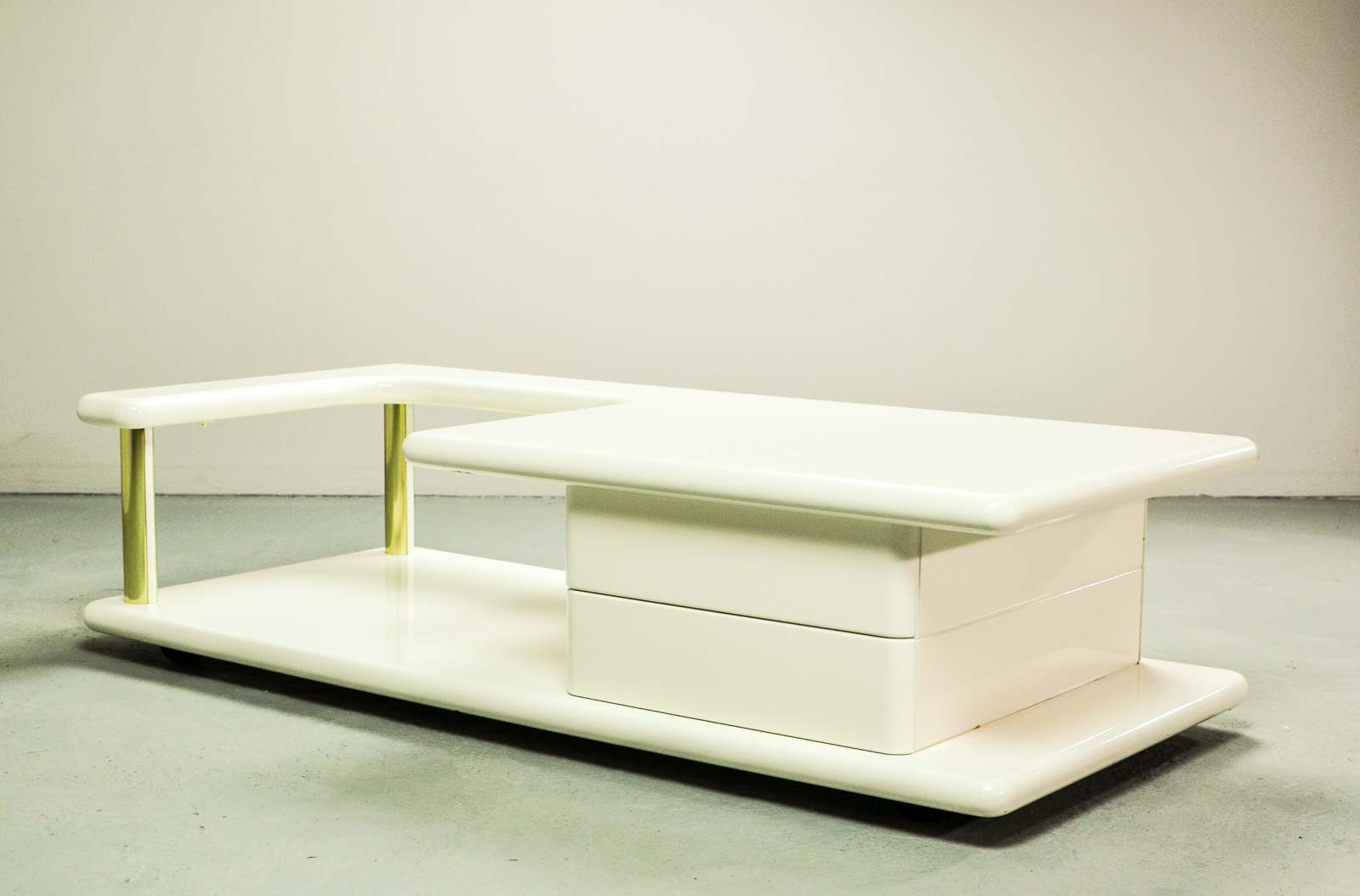 Exclusive Mid Century Italian Brass And White Gloss Lacquered Coffee Table