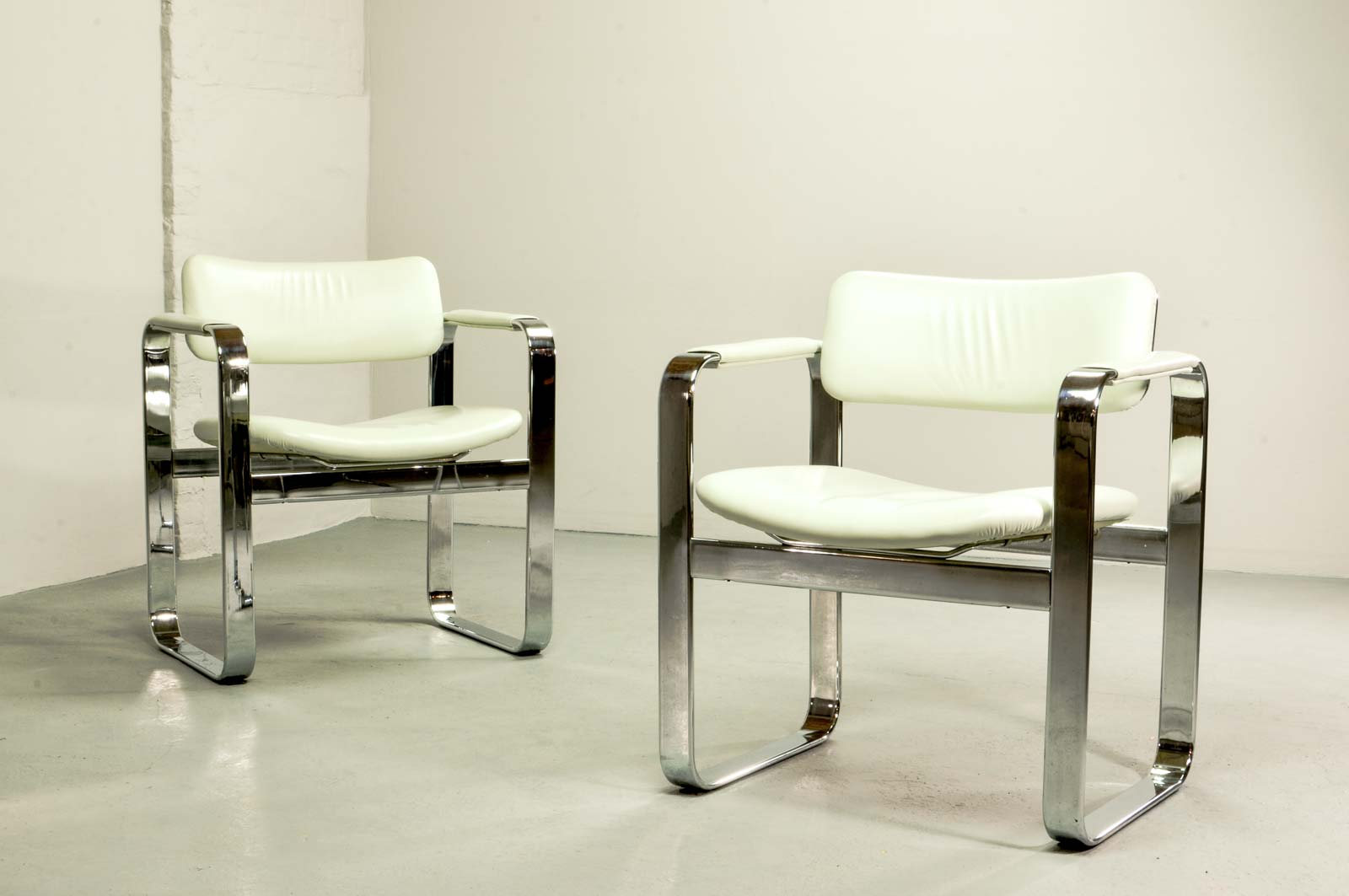 Mid Century Chromed Steel Executive Armchairs By Eero Aarnio For