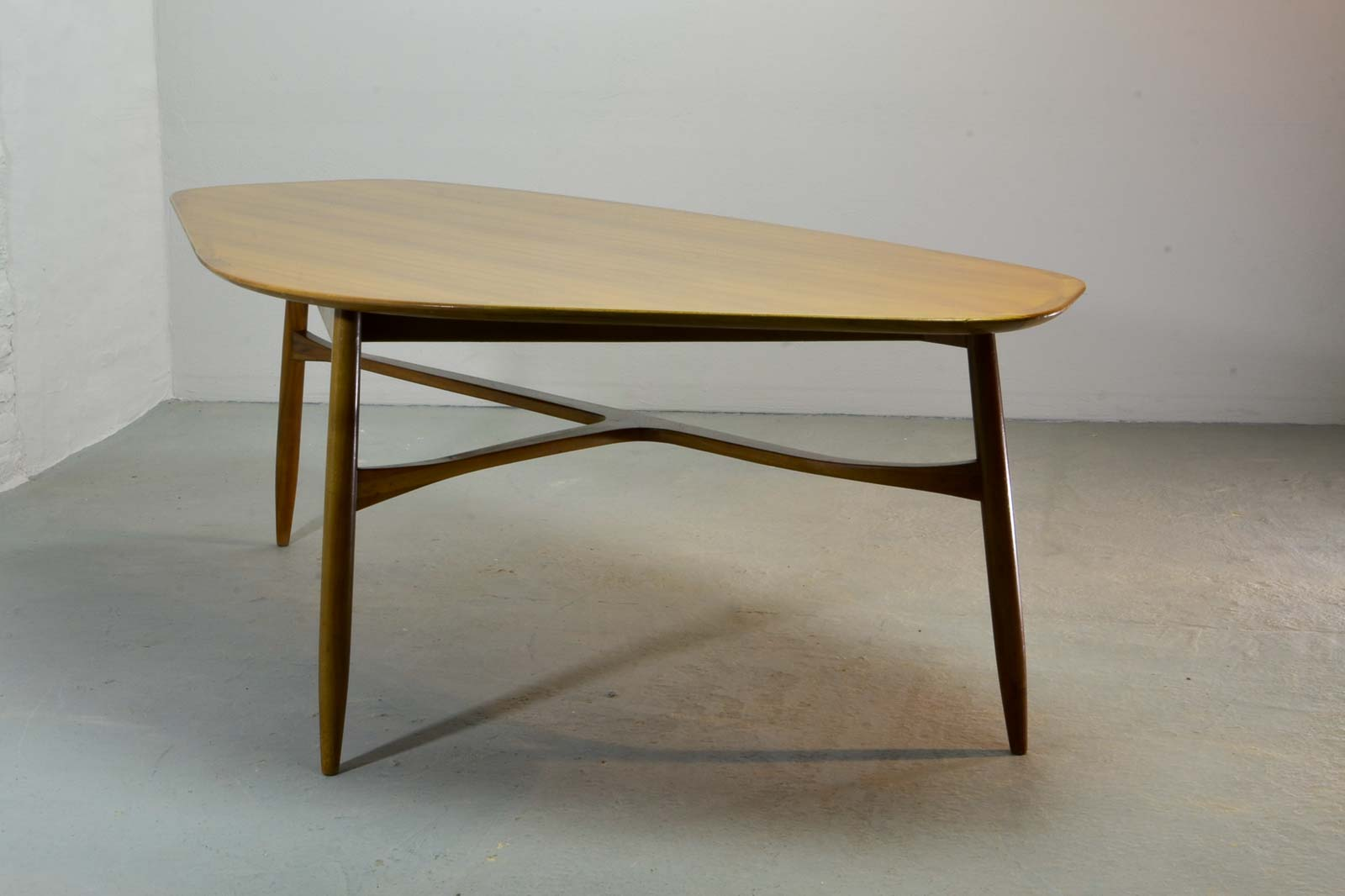 Free form shaped lacquered kidney coffee table designed by for Table form design