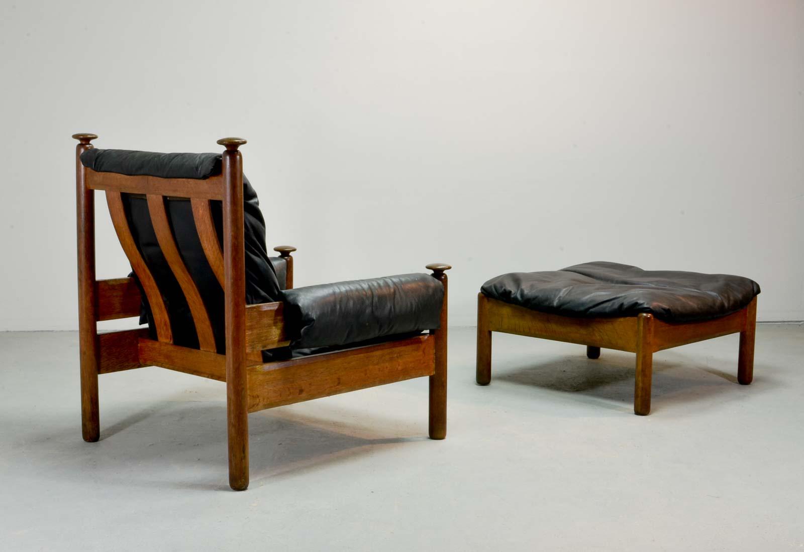 Sturdy Mid Century Black Leather Scandinavian Lounge Chair