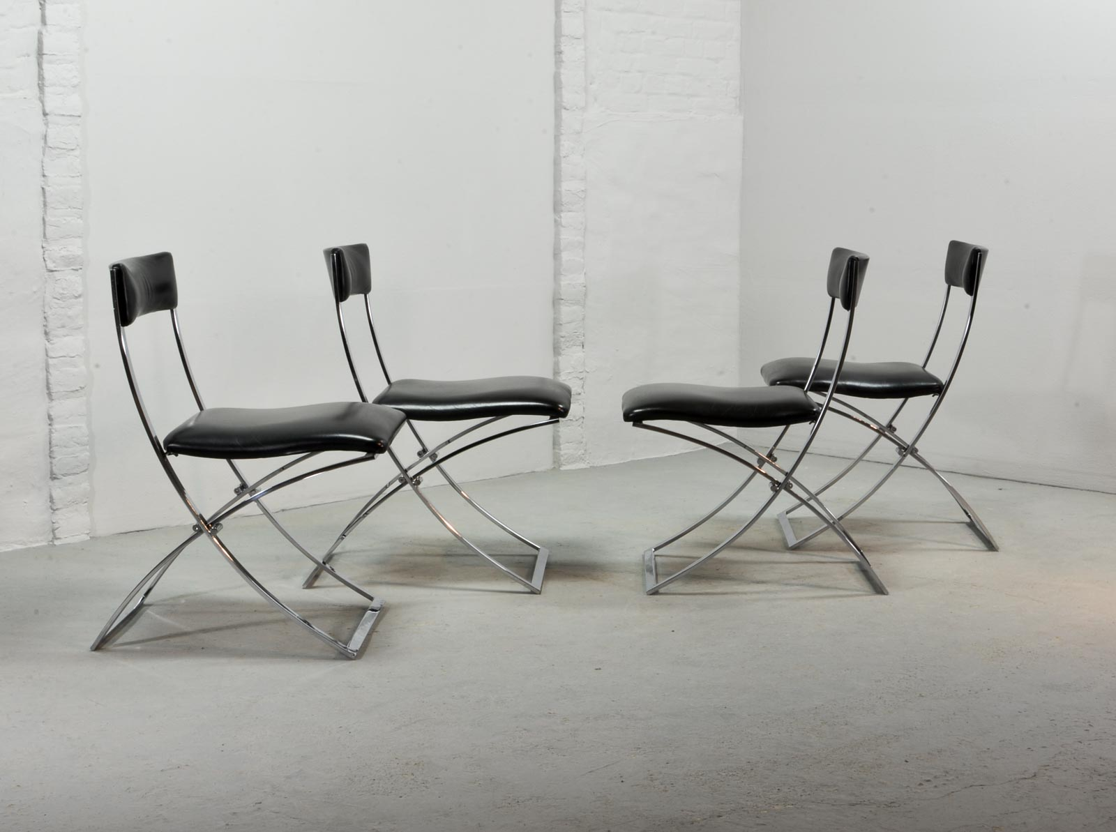 Superb Set Of Four Midcentury Foldable Chairs By Marcello Cuneo For Mobel  Italia Hpvintage.com
