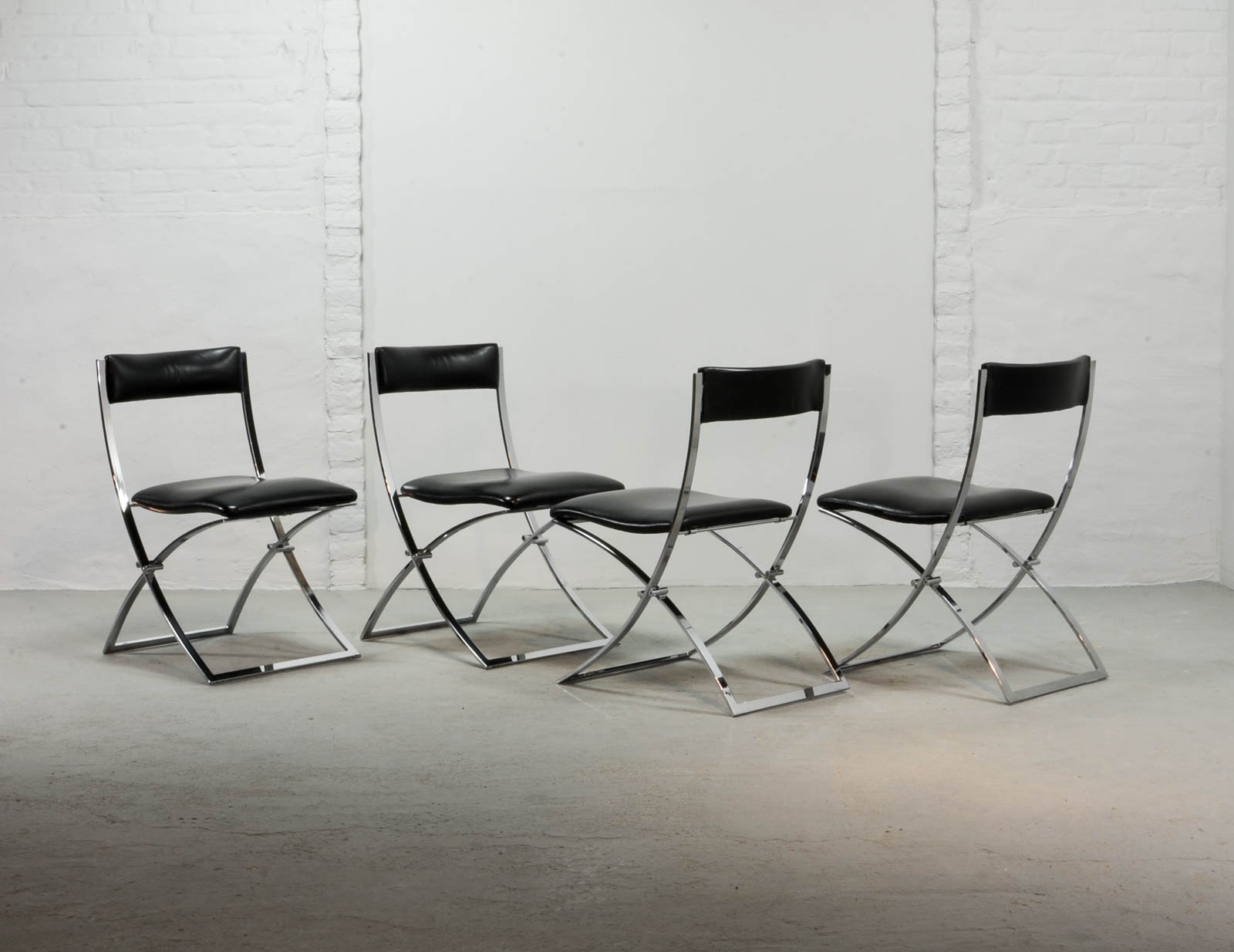 Superb Set of Four Midcentury Foldable Chairs by Marcello Cuneo