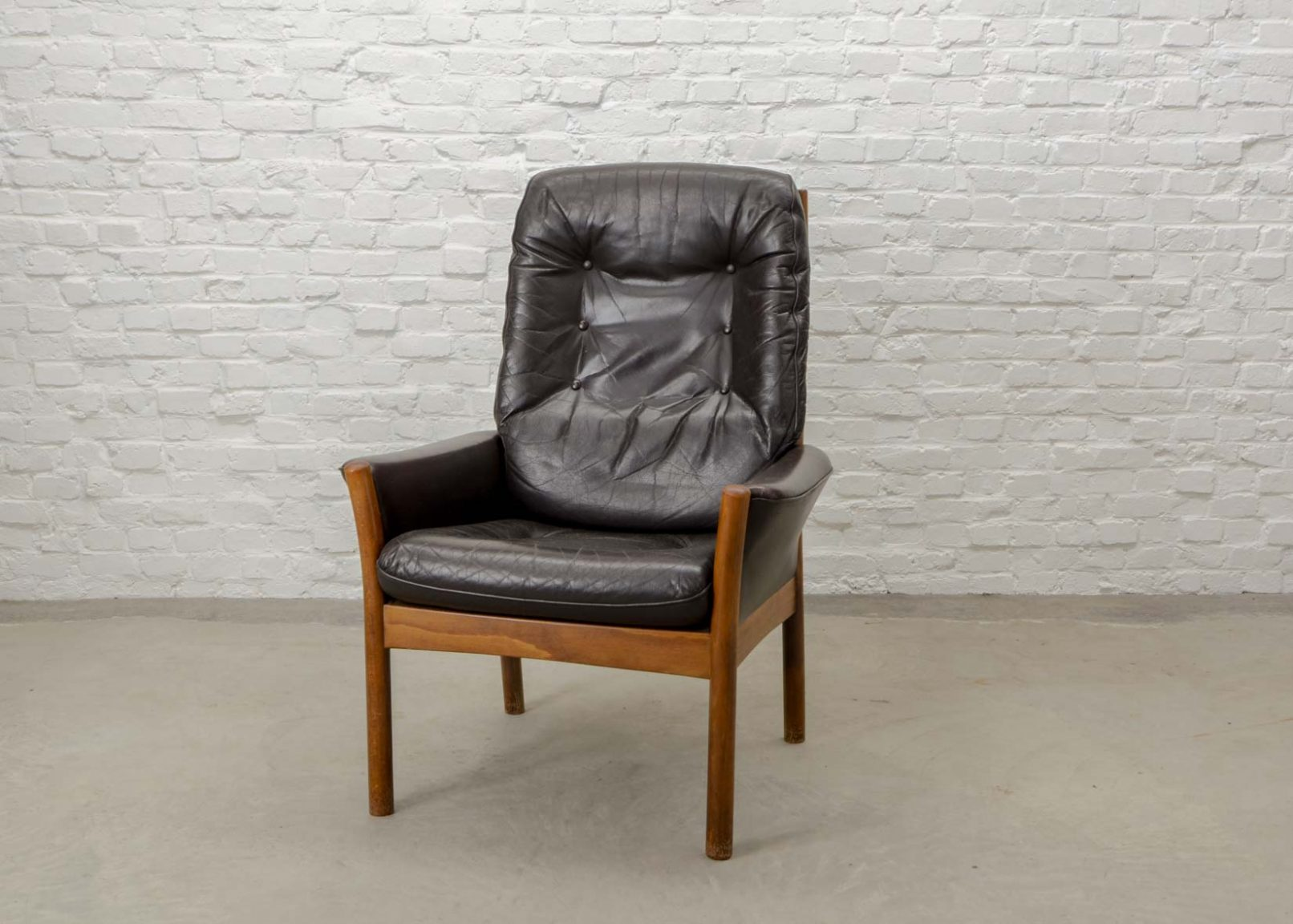 mid century scandinavian design chocolate brown leather lounge chair by g m bel sweden 1960s. Black Bedroom Furniture Sets. Home Design Ideas